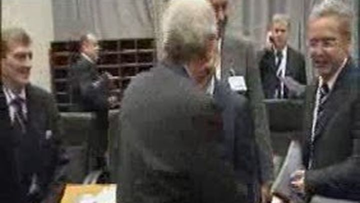 El PP pide a Blanco  que comparezca en la Diputación Permanente del Congreso