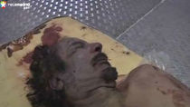 Gadafi murió por un disparo en la cabeza, según el forense