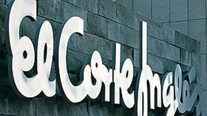 El Corte Inglés refuerza la compra 'online' y manda a casa a parte de su plantilla