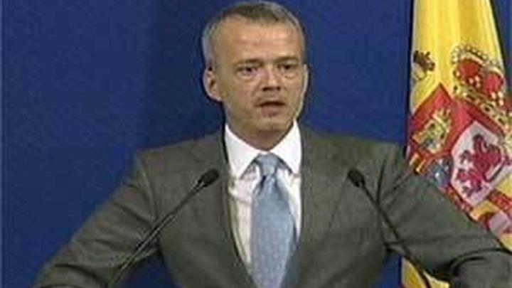 Francia advierte contra una posible escisión en ETA y Camacho reclama un gesto con las víctimas
