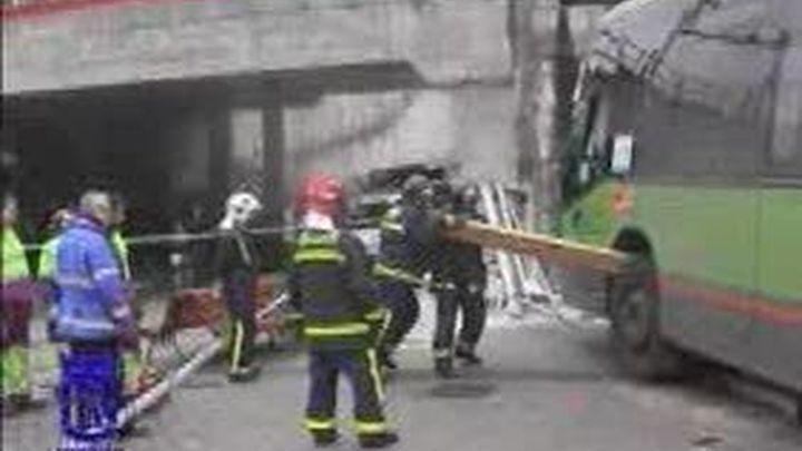 Dos muertos y cuatro heridos en dos accidentes de tráfico y un atropello en Madrid