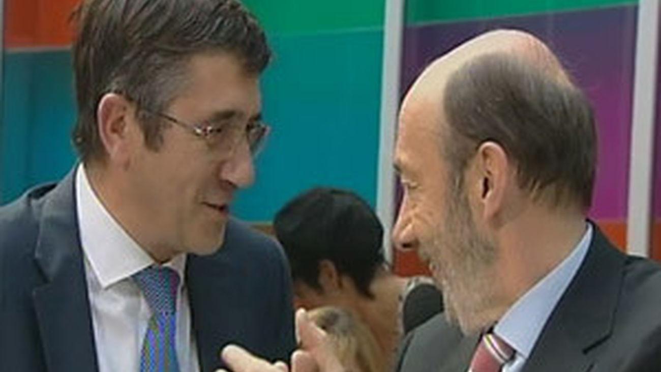 Rubalcaba sobre Rajoy: 'hay silencios ruidosos y sobre todo muy inquietantes'