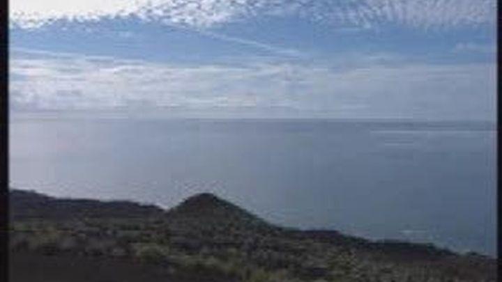 El volcán de El Hierro cumple un mes de actividad