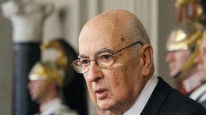 Napolitano no dimite y apela a un acuerdo de las principales fuerzas