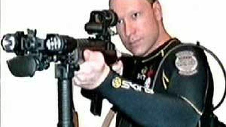 Breivik quiso hablar con los familiares de las víctimas de sus atentados