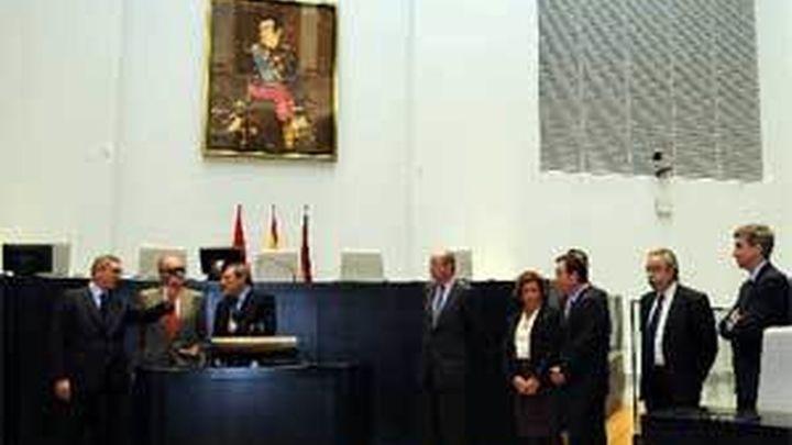 El Rey inaugura el nuevo Salón de Plenos del Palacio de Cibeles de Madrid