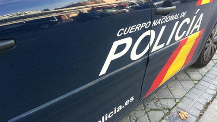 Dos detenidos por retener y torturar a su compañero de piso para robarle