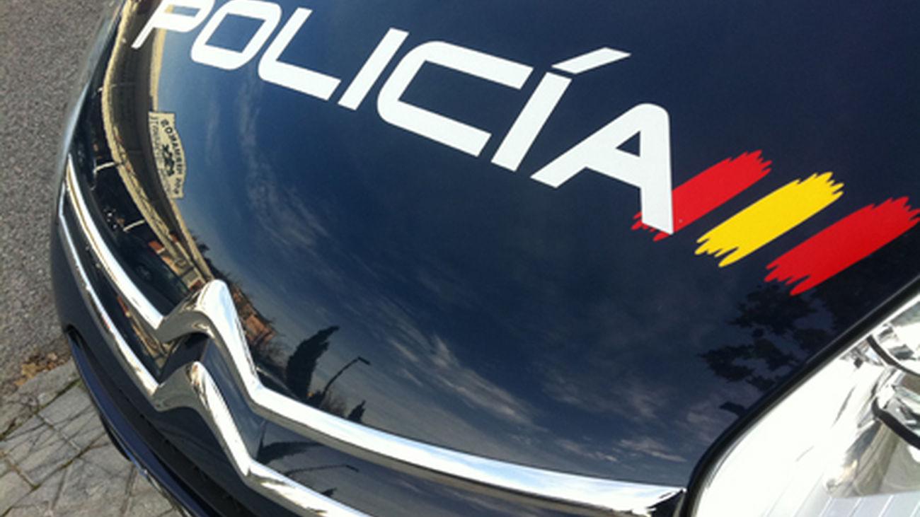 Cuatro detenidos por 'marcar' puertas  de domicilios para robarlos en el distrito de Latina