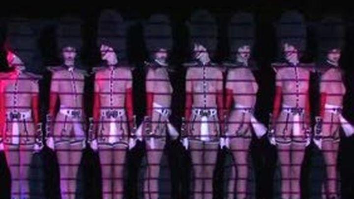 El cabaret Le Crazy Horse de París desembarca en Madrid