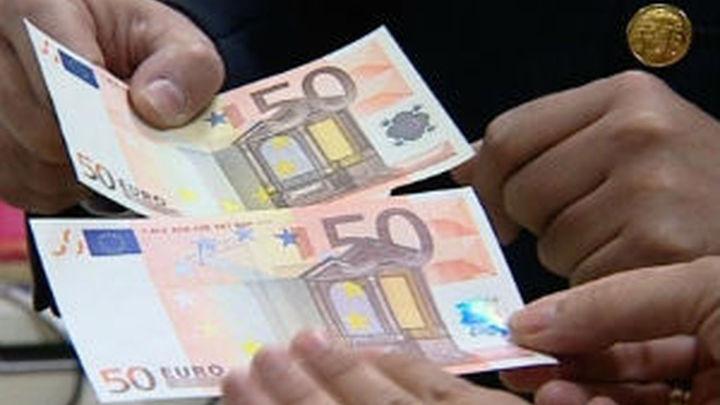 El Tesoro coloca 6.000 millones en obligaciones, el doble de lo esperado, a interes más bajo