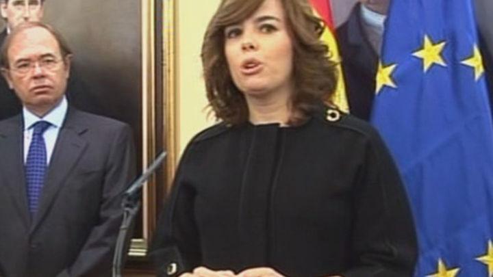 Sáenz Santamaría promete esfuerzo, diálogo y moderación para combatir el paro