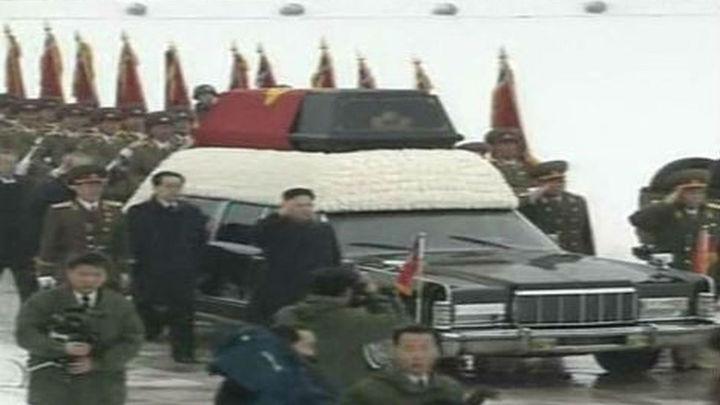 Kim Jong-il recibe su último adiós en las calles de Pyongyang
