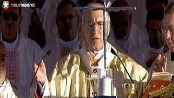 """El Papa exhorta a las familias a no ceder ante las """"fuerzas mundanas"""" que las amenazan"""