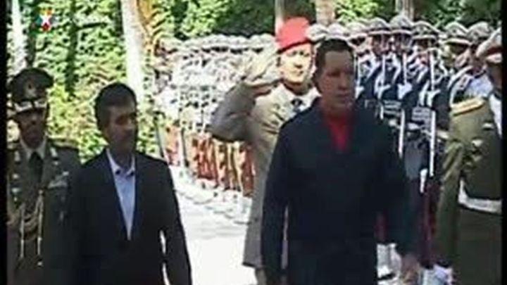 """EE.UU. previene a Latinoamérica sobre un Ahmadineyad """"aislado y desesperado"""""""