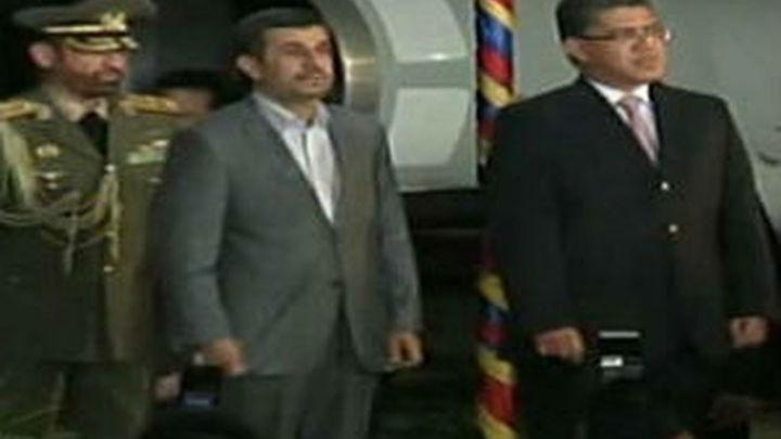Ahmadineyad comienza en Venezuela una gira por Latinoamérica