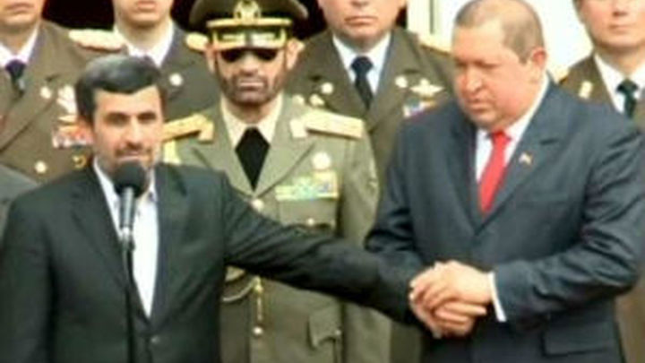 Chávez y Ahmadineyad se alían en su desafío a Estados Unidos
