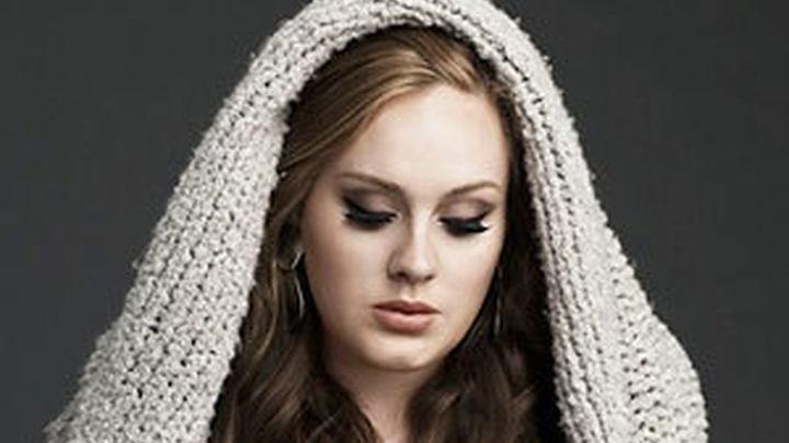 Adele reina por segundo año consecutivo las ventas mundiales de discos