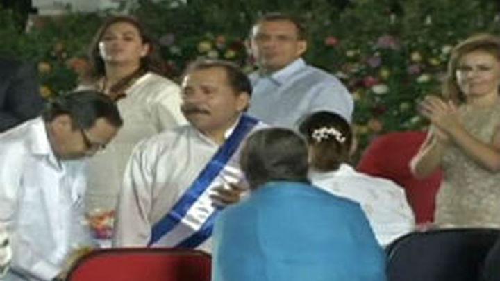 Ortega asume su tercer mandato defendiendo el programa nuclear de Irán
