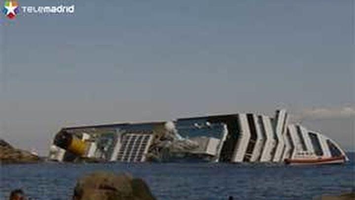 """Italia asegura que ya existe un """"daño ambiental"""" por el naufragio del crucero"""