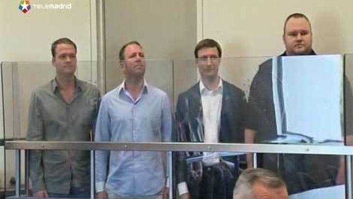El juez concede la libertad bajo fianza a dos de  los cuatro imputados de Megaupload