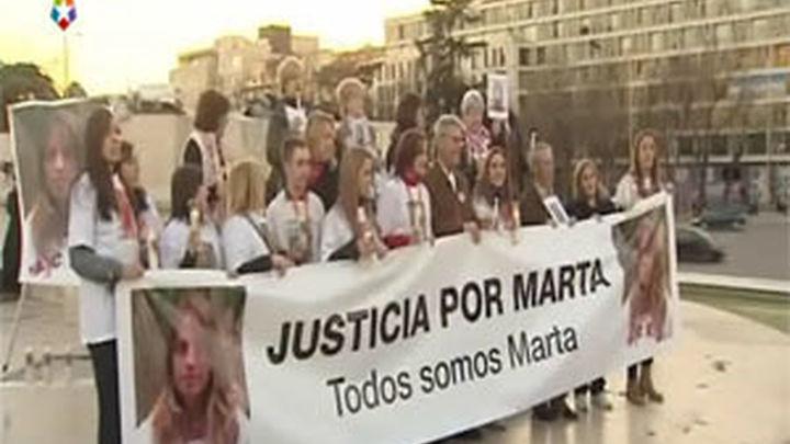 Miles de personas exigen en 40 ciudades justicia para Marta y cambio de las leyes