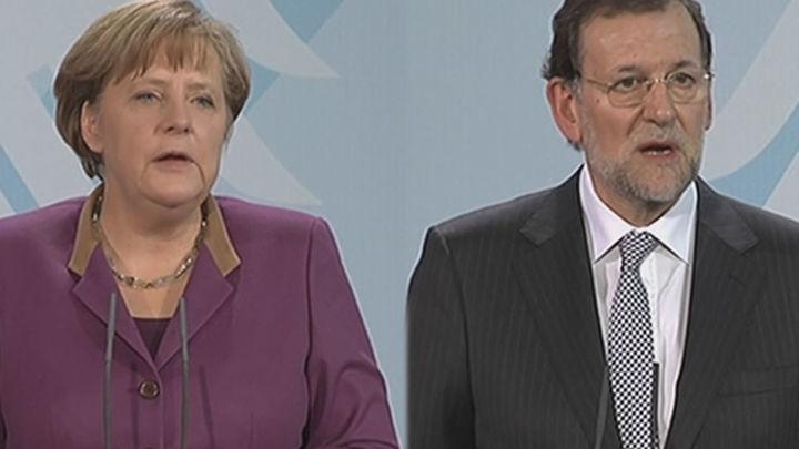 Rajoy intentará este miércoles acercar posturas con Merkel en Bucarest