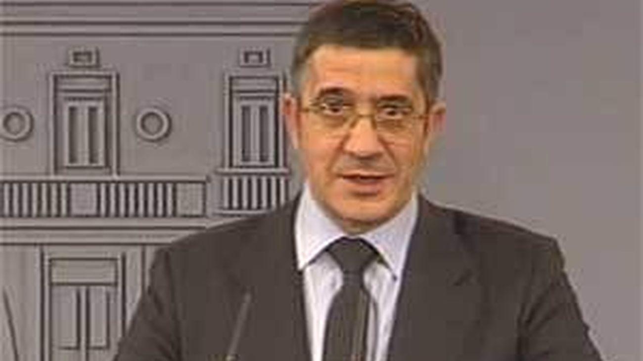 López pide a Rajoy acercar los presos de ETA y legalizar la antigua Batasuna