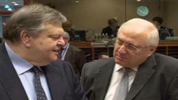 """Todos los partidos del Gobierno griego dicen """"sí"""" a los recortes del BCE, FMI y la CE"""