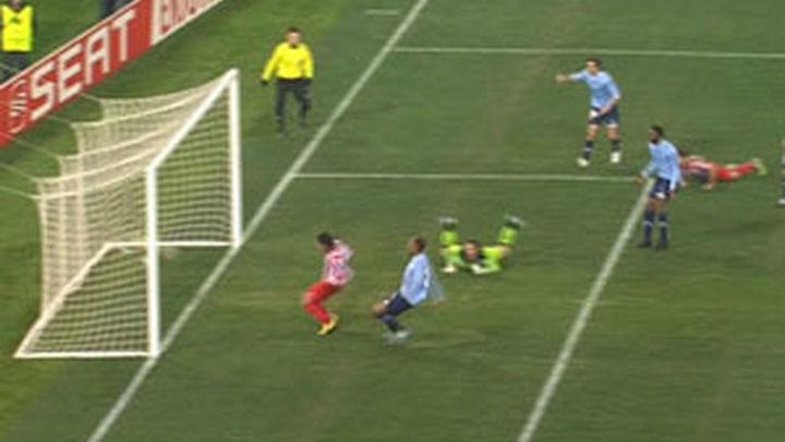 1-3. Falcao y Adrián acercan a octavos a un gran Atlético