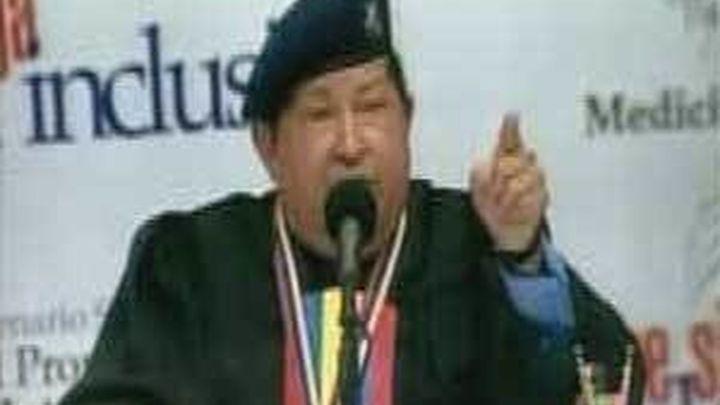 """Chávez llama """"cochino"""" a Capriles y dice que lo va a """"pulverizar"""" en las elecciones"""