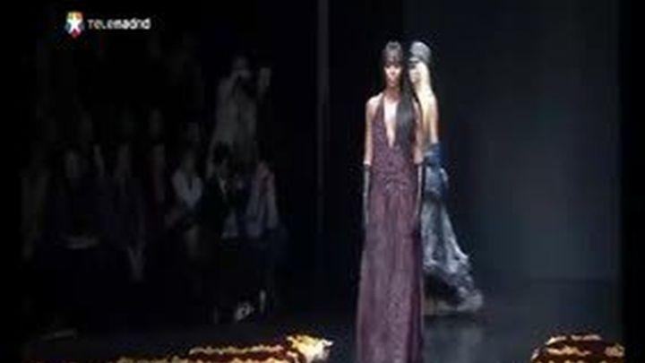 Naomi Campbell vuelve a la pasarela en Milán