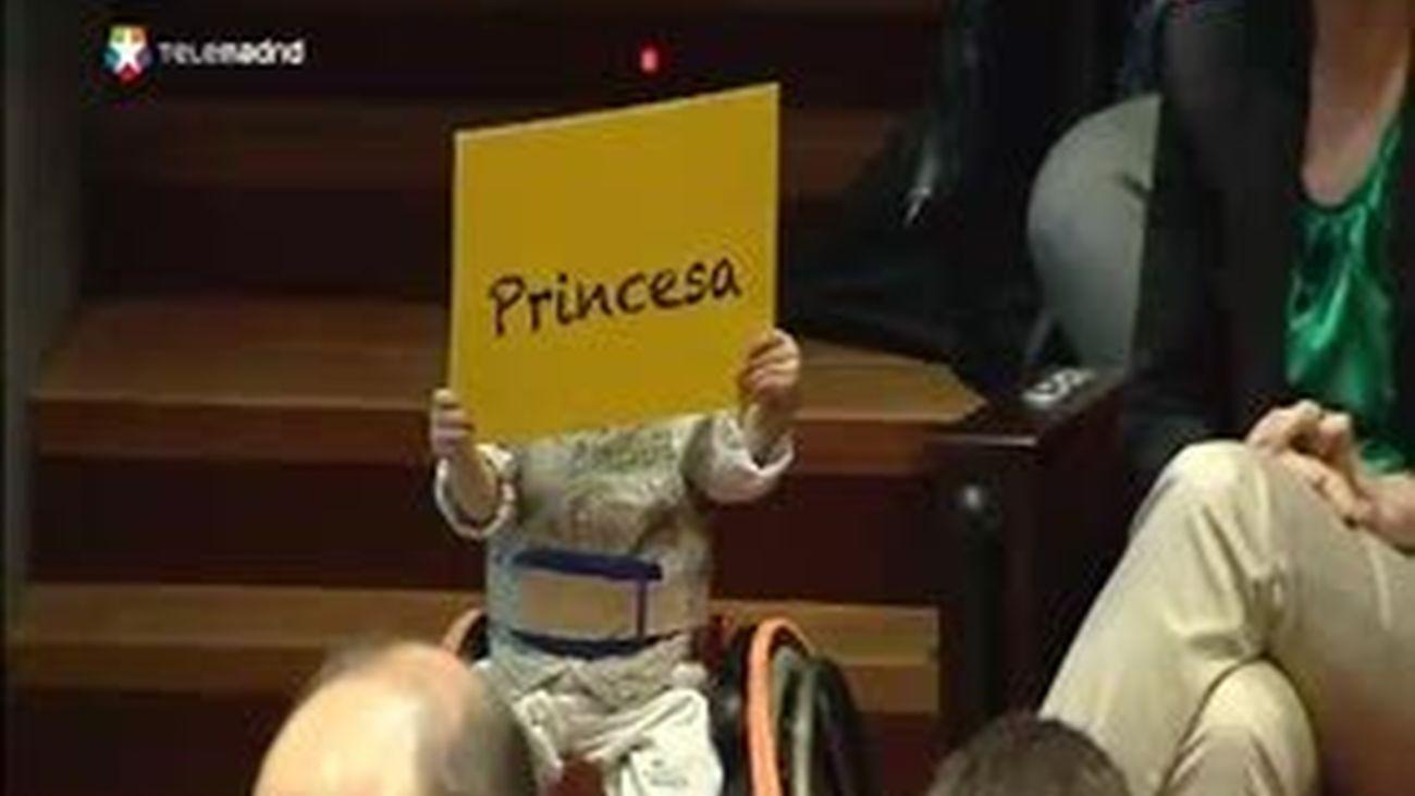 """Lucas,""""un niño de cristal"""", y su hermano Antón: """"Princesa, tenemos esperanza"""""""