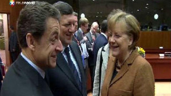 """Merkel dice que """"no tiene sentido"""" hablar ahora de flexibilizar objetivos de déficit"""
