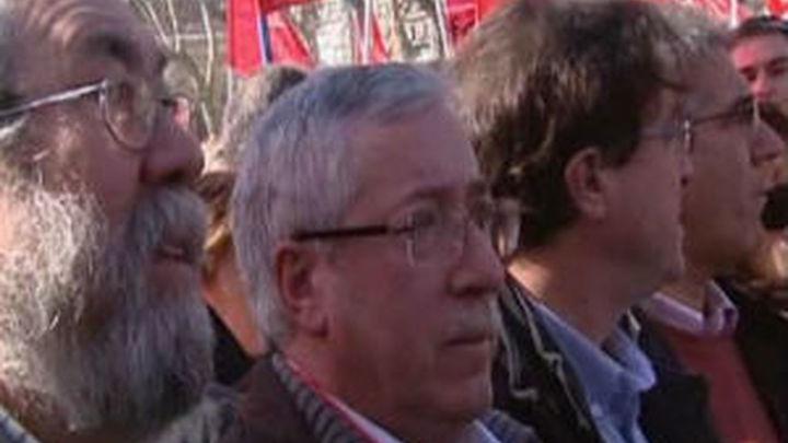 CCOO y UGT convocan más de 80 manifestaciones contra los recortes