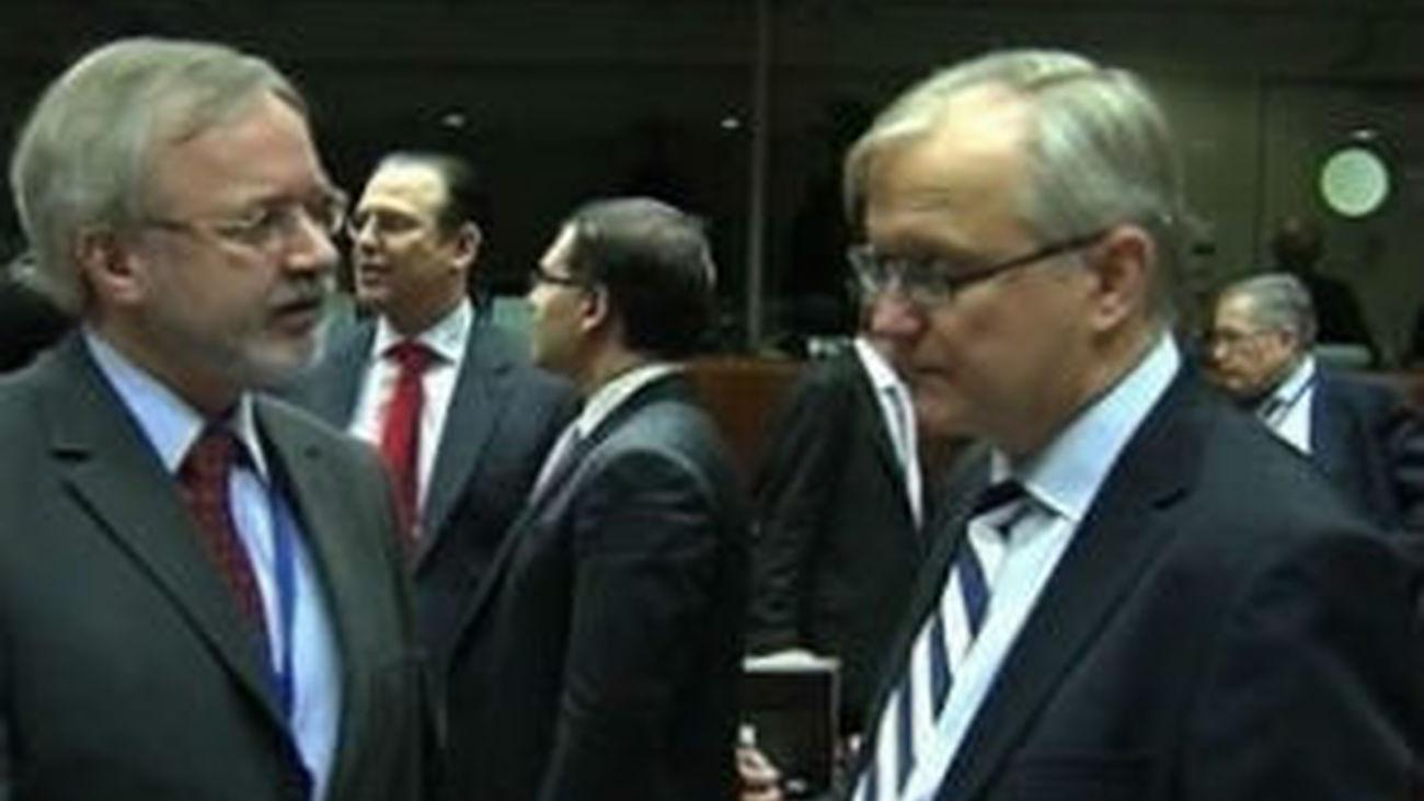 El Eurogrupo estudia hoy las ayudas a la banca de España y Chipre