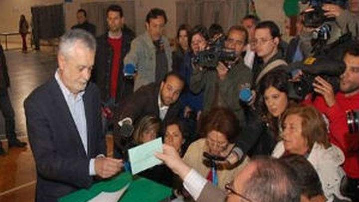 La participación en Andalucía cae 12 puntos a las seis de la tarde
