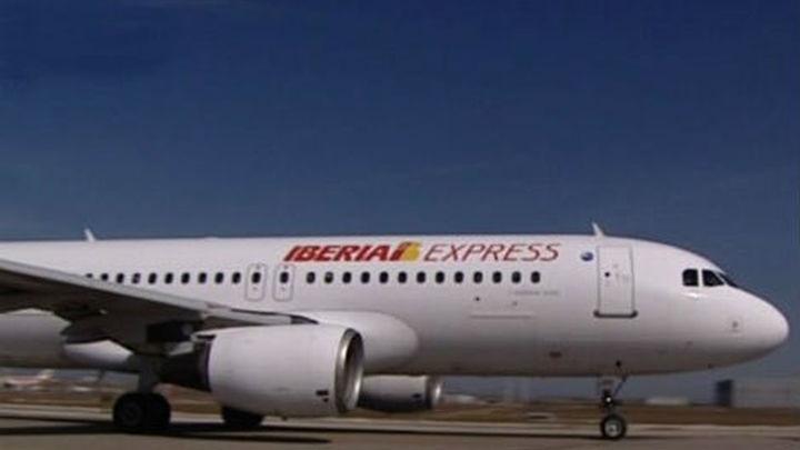 Iberia Express incorpora en verano vuelos de Madrid a Ibiza, Riga y Atenas