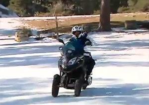 También se puede disfrutar de la nieve sobre (tres) ruedas