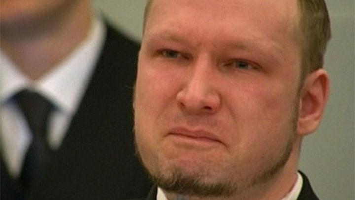 La fiscalía pide ingresar en un psiquiátrico a Breivik por los atentados en Noruega