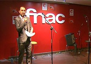 José Luis Casado presentó la fiesta de aniversario de Nos queda la música