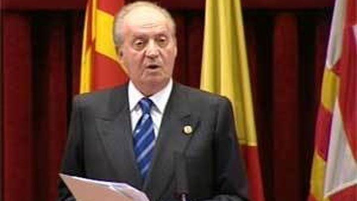 El Rey se reúne con Rajoy en Zarzuela siete horas después de recibir el alta