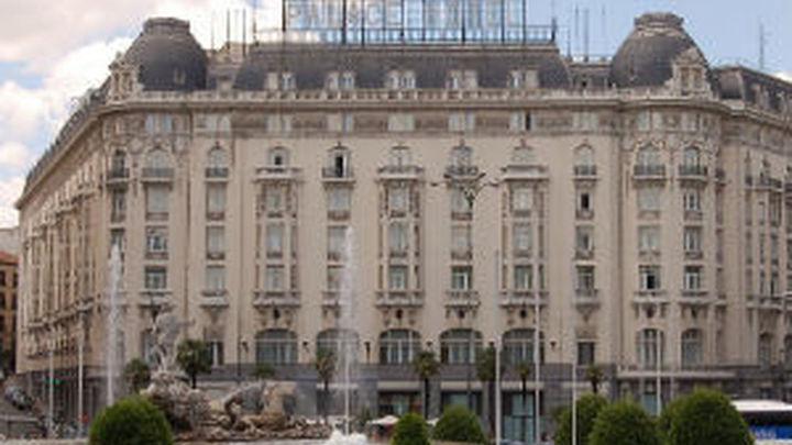 Hacienda estudia crear un IBI para edificios singulares con actividad comercial