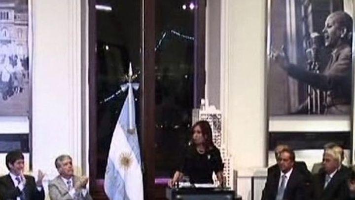 Fernández de Kirchner promulga  la ley de expropiación de YPF a Repsol