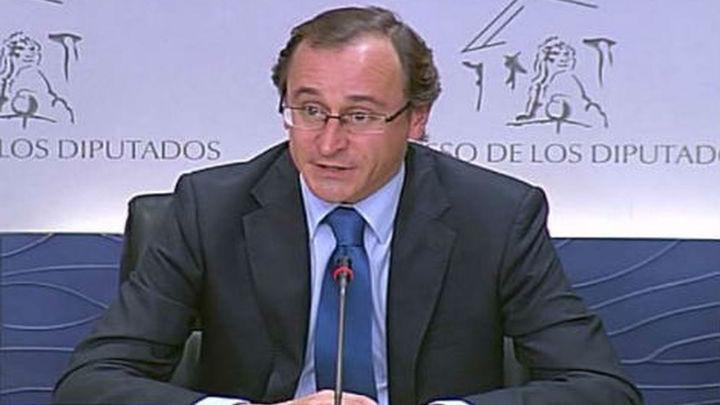 PP y PSOE de acuerdo en avanzar en la reestructuración del sistema financiero
