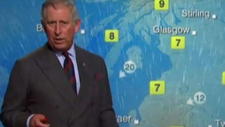 El príncipe Carlos de Inglaterra, hombre del tiempo en la BBC