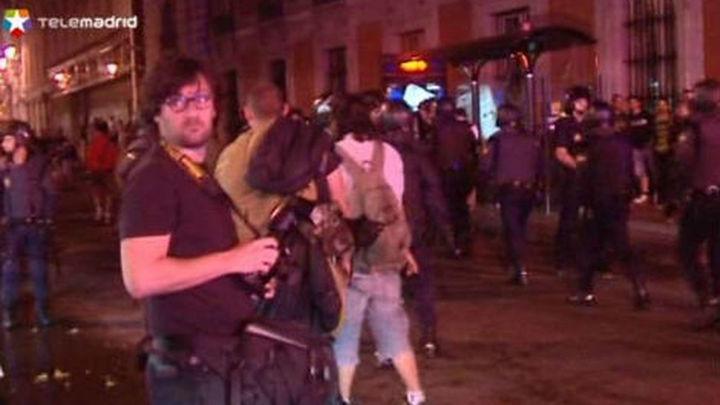 La Policía desaloja Sol por segundo día consecutivo y detiene a dos personas