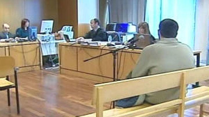 El fiscal y la acusación particular solicitan el ingreso en prisión del ciberacosador