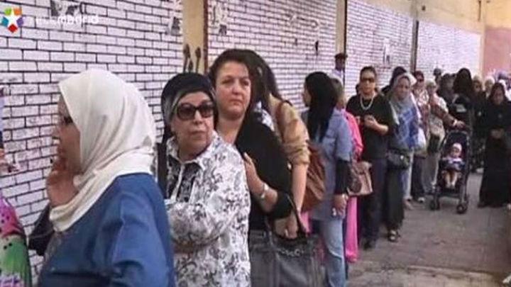 Los egipcios acuden masivamente a las urnas en un ambiente de normalidad