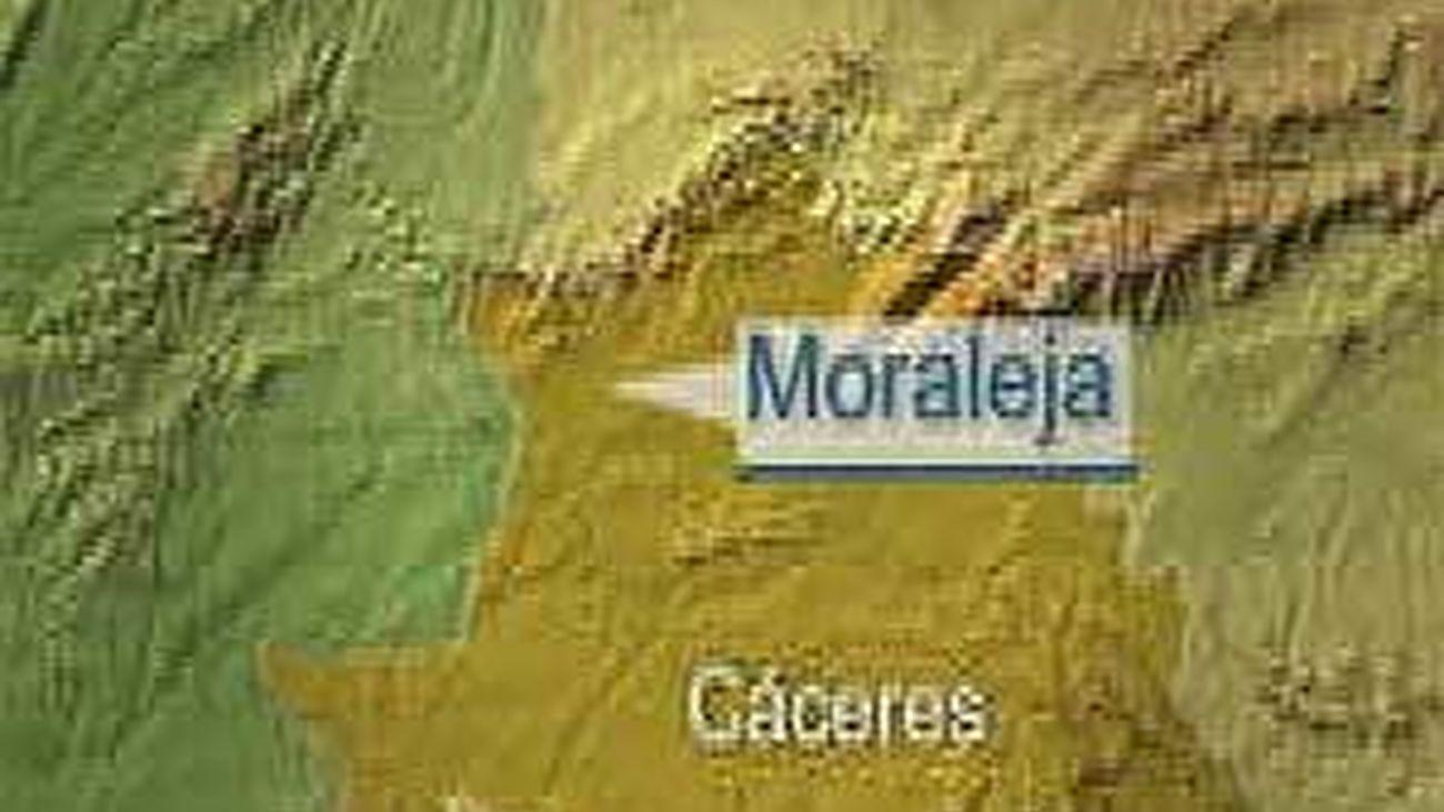 Encuentran el cadáver de uno de los tres desaparecidos en la explosión de una almazara en Cáceres