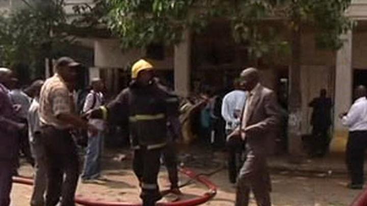 Casi 30 heridos en una explosión en Nairobi mientras la Policía investiga el suceso